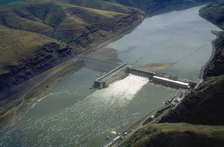 Lower Granite Dam is the last dam on the Snake River before its confluence with the Columbia River in Easter Idaho.